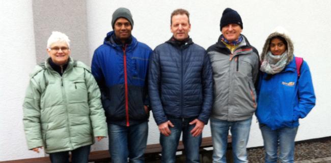 Die Tagessieger v.l.n.r.: Brigitte Mezger (1.), Vallipuram Rajakumar (2.), Thomas Brinkmann (3.), Rainer Bohner (4.), Selvi Rajakumar (5.)