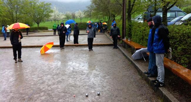 Verregneter Oberligaspieltag in Neuffen